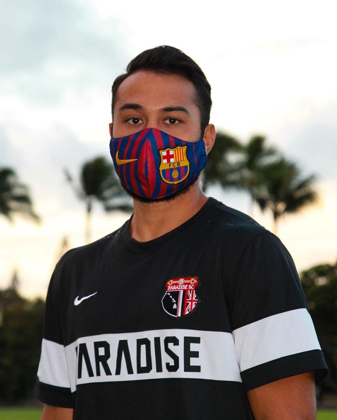 サッカークラブのオリジナルマスク